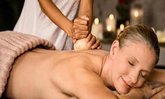 Pindasveda Massage