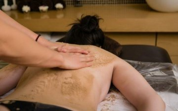 Treatment of skin problems with Ayurveda